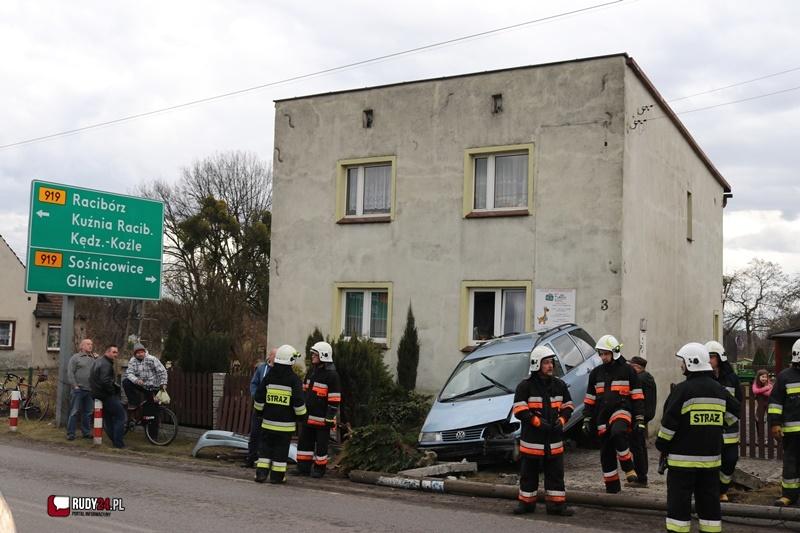 Wypadek na ul. Rybnickiej! Problemy z przejazdem (foto)