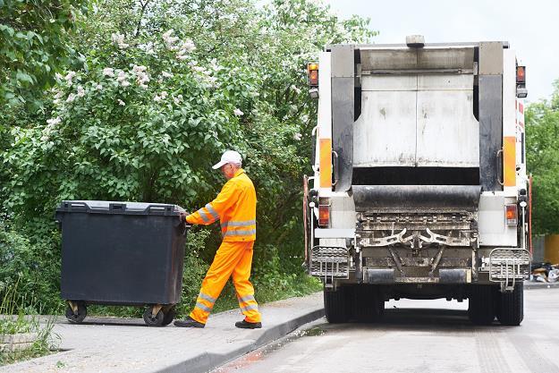 Czy zostaną przegłosowane nowe podwyżki za śmieci i nieruchomości?