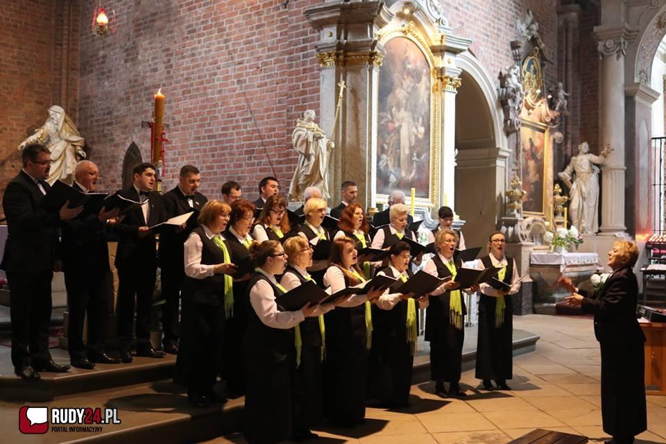 Koncert Pieśni Maryjnych i Sakralnych w rudzkiej Bazylice
