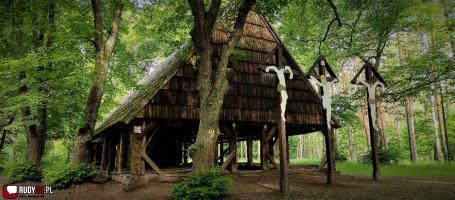 Odpust ku czci św. Marii Magdaleny w leśnej kaplicy w Goszycach
