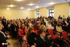 Finał XXIV Wojewódzkiego Konkursu Wiedzy Biblijnej w Rudach (wideo)