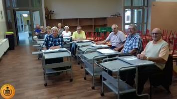 Seniorzy 65+ z UTW w Rudach zakończyli kurs